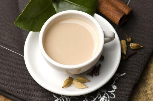молочний зелений чай